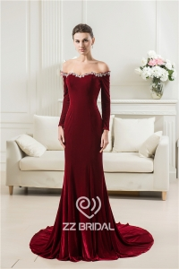 China China off shoulder beaded sweetheart neckline long sleeve velvet long mermaid evening dress factory