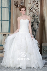 China China top quality sweetheart neckline ruffled organza ball gown wedding gown factory