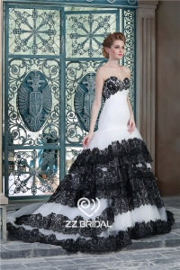 China High custom made black lace appliqued layered sweetheart neckline ruffled mermaid wedding dress manufacturer factory