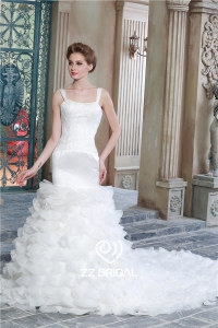 China Latest design spaghetti strap organza layered mermaid wedding gown with train China factory
