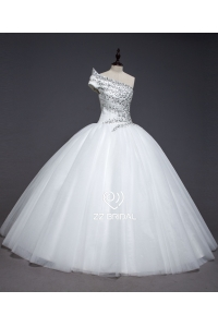 China ZZ bridal 2017 one-shoulder ruffled beaded ball gown wedding dress factory