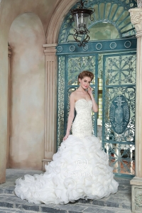China ZZ bridal 2017 sweetheart neckline beaded and ruffled mermaid wedding dress factory