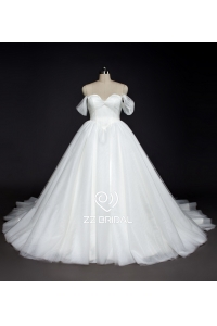 China ZZ bridal shoulder strap ruffled ball gown wedding dress fábrica