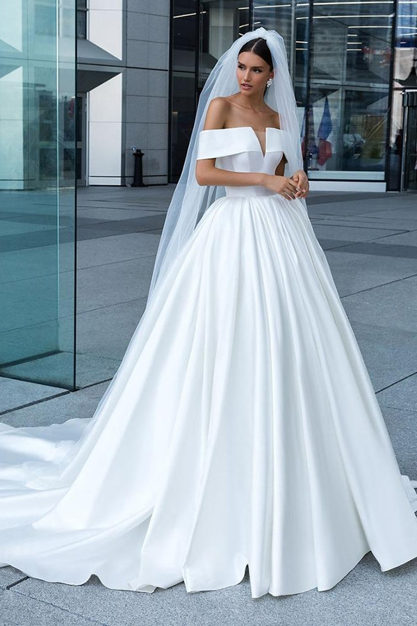 Elegant Deep V Neck Simple Real Image Long Train Wedding Dresses Ruffled Satin Bridal Gowns 2019 Hochzeit Kleid Lieferanten Hochzeit Kleid Hersteller China Abendkleid Fabrik