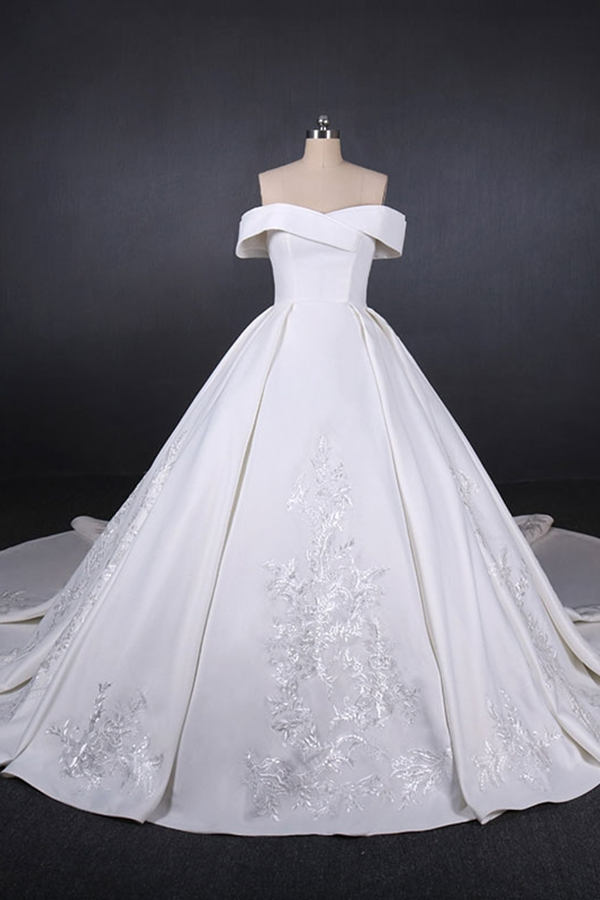 Elegant Italian Satin Wedding Dresses Luxury Beaded Long